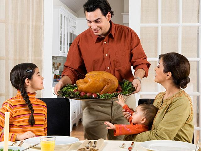 Thanksgiving_family