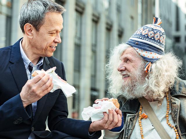 businessman-shares-homeless_si.jpg