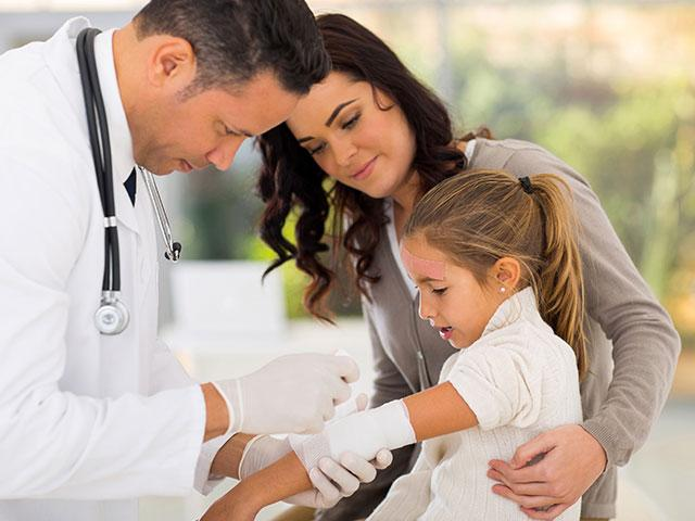 doctor-child-patient_SI.jpg