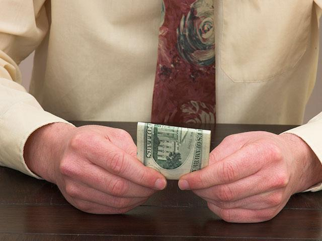 Giving dollar