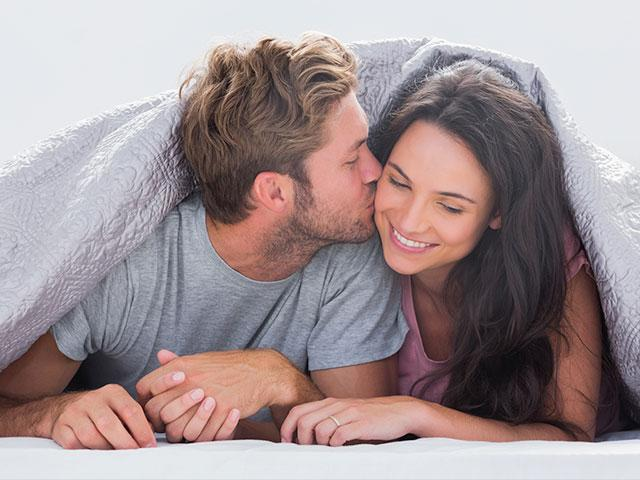married-couple-in-bed