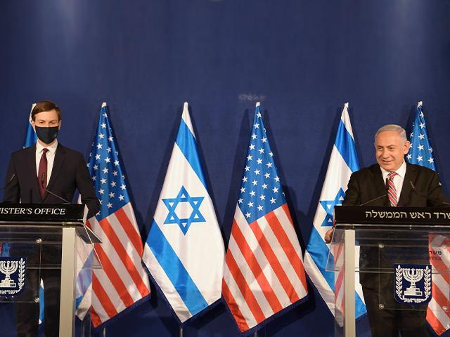 Prime Minister Benjamin Netanyahu met with US Senior Presidential Advisor Jared Kushner in Jerusalem, December 21, 2020 (Photo: Israeli GPO/ Amos Ben-Gershom).