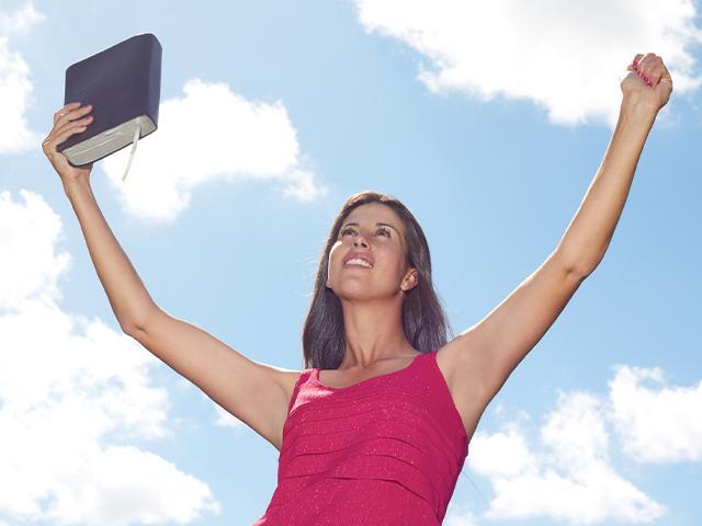 victory-woman-bible_si.jpg
