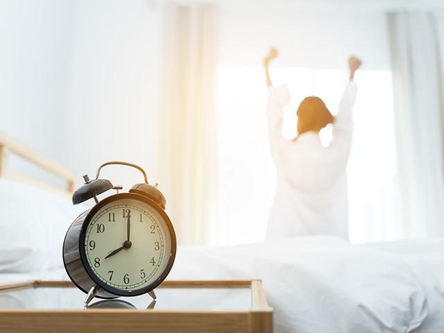 morning-stretch-clock_si.jpg