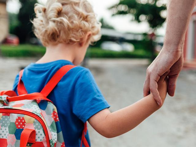 toddler-parent-street_si.jpg