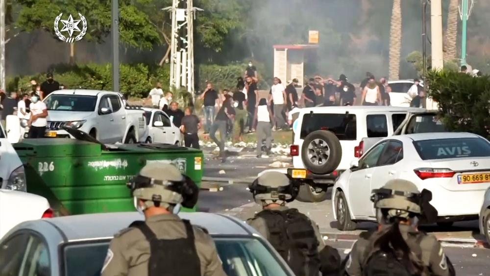 violence throughout Israel. Photo: Israel Police