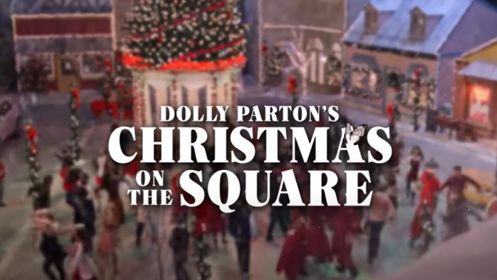 Image Source: YouTube Screenshot/Netflix/Christmas on the Square