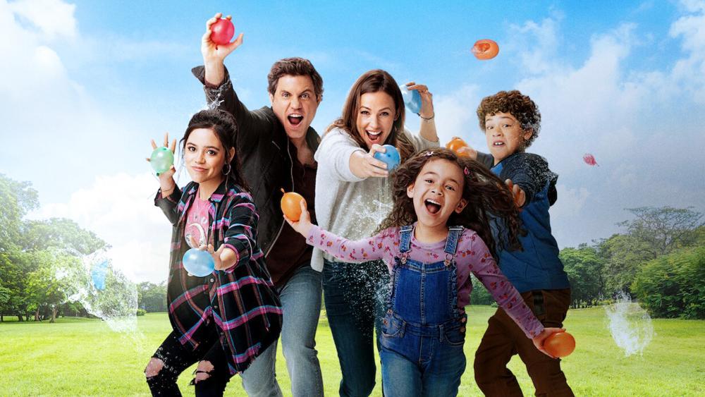 "Jennifer Garner and Edgar Ramírez star in ""Yes Day"" on Netflix (Image courtesy Netflix)"