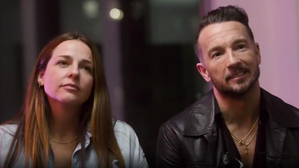 Laura and Carl Lentz in March 2020 (Image: screen capture from Hillsong NYC Instagram)