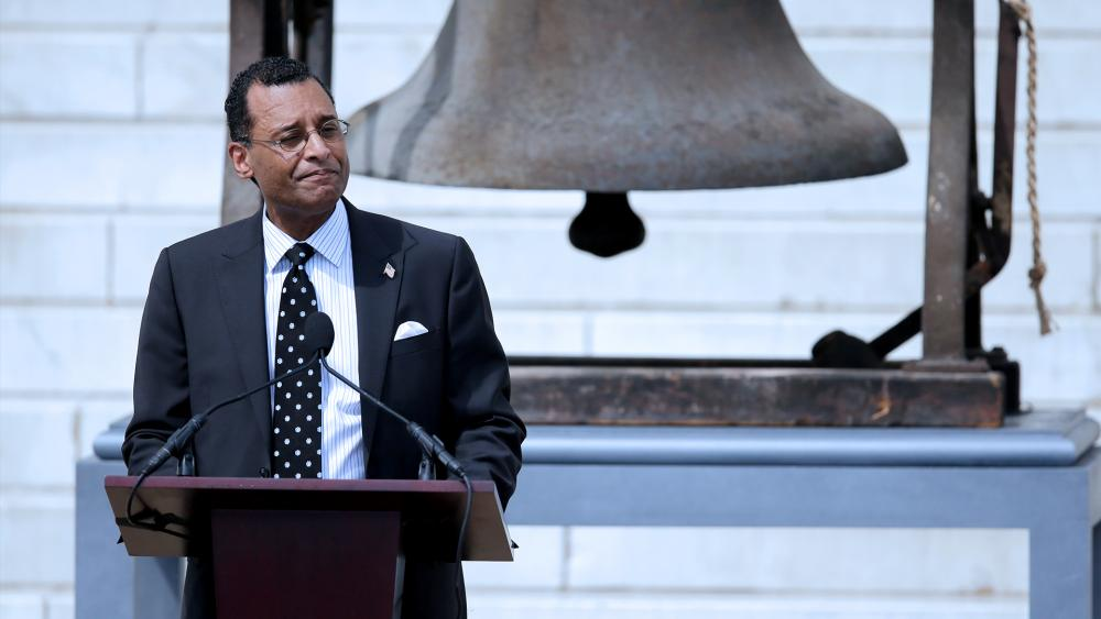 "Pastor A.R. Bernard gives the invocation at the Let Freedom Ring ceremony at the Lincoln Memorial, Aug. 28, 2013, in Washington, to commemorate the 50th anniversary of Martin Luther King Jr. delivered his ""I Have a Dream"" speech (AP Photo/Carolyn Kaster)"